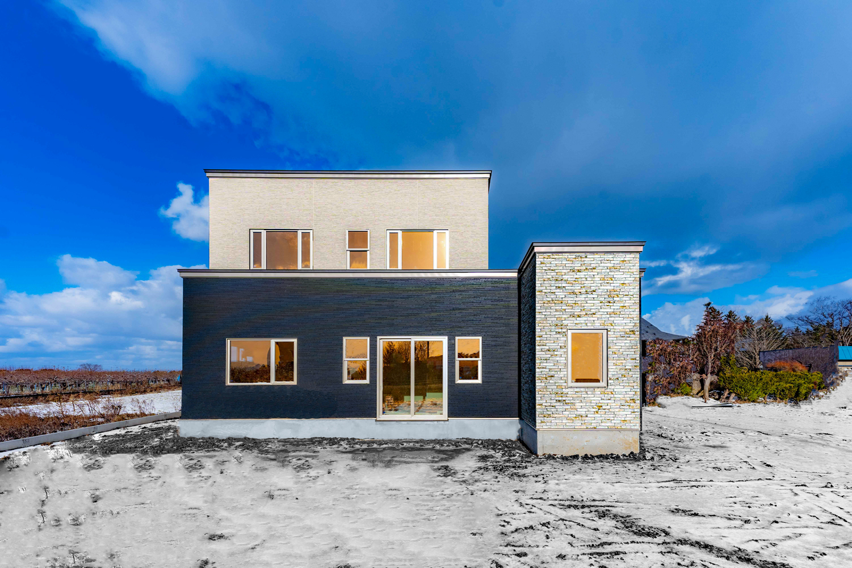 <h1>月々6万円から建てられる自由設計のお家</h1>